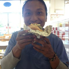 Photo taken at Five Guys by Раиса J. on 8/16/2013