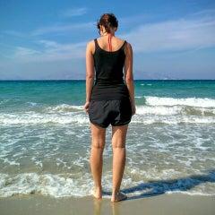 Photo taken at Παραλία Μαρμαρίου (Marmari Beach) by Julian W. on 10/3/2015