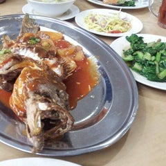 Photo taken at Sri Wangsa Seafood by Opposite D. on 10/16/2012