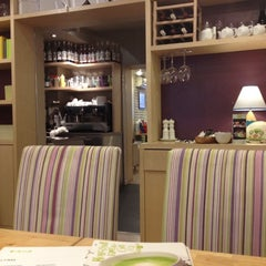 Photo taken at Kitchen On Your Way by Daria C. on 1/7/2013