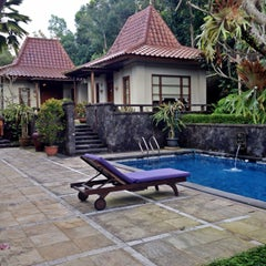 Photo taken at The Cangkringan Jogja Villas & Spa by arie w. on 5/31/2015