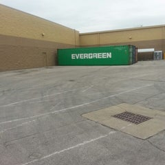 Photo taken at Walmart Supercenter by Joe M. on 10/28/2013
