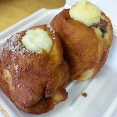 Photo taken at Kauai Bakery by ernie e. on 2/5/2013