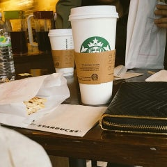 Photo taken at Starbucks by Aya R. on 2/7/2015