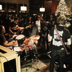 Photo taken at Rontoms by Theo C. on 12/17/2012
