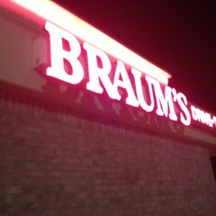Photo taken at Braum's by Jonathan Harris S. on 10/22/2012