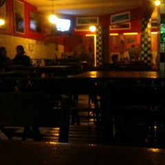 Photo taken at Cervejaria 366 by Welinton F. on 8/4/2012