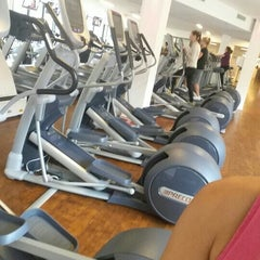 Photo taken at Fit-In Sportstudio by Aysun 🎀 🐣🐤🐥 .. on 10/8/2015