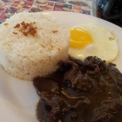Photo taken at Rufo's Famous Tapa by Med A. on 2/3/2013