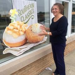 Photo taken at Krispy Kreme Doughnuts by Tricia T. on 6/1/2015