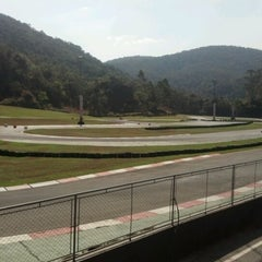 Photo taken at Kartódromo Internacional Aldeia da Serra by Valeria d. on 9/16/2012