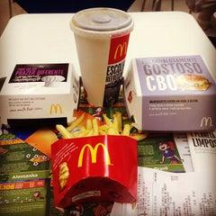 Photo taken at McDonald's by Rafael V. on 7/17/2013
