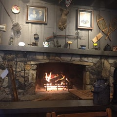 Photo taken at Cracker Barrel Old Country Store by Susan E. on 3/2/2015