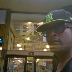 Photo taken at Duane Reade by Jorge A. on 7/13/2014