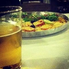 Photo taken at Pizzaria Vero Verde by Danilo Y. on 9/22/2012