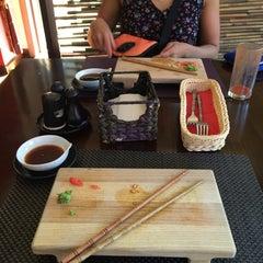 Photo taken at GINGER | ķīniešu virtuve, suši bārs by Katrīne G. on 8/15/2015