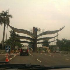 Photo taken at Taman Mini Indonesia Indah (TMII) by Mirwan M. on 12/6/2012
