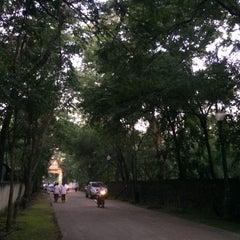 Photo taken at วัดป่ากุง (วัดประชาคมวนาราม) by Tang J. on 9/5/2015