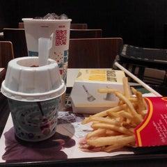 Photo taken at McDonald's Kok Lanas Drive Thru by Izzat R. on 11/22/2015