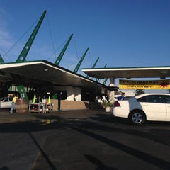 Photo taken at Lozano Brushless Car Wash by Nael M. on 5/10/2013