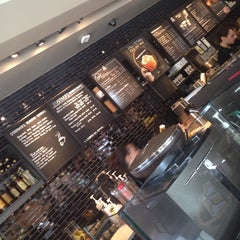 Photo taken at Starbucks by Volkan O. on 10/25/2014