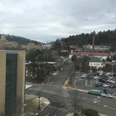 Photo taken at Embassy Suites Hot Springs - Hotel & Spa by Ron G. on 3/8/2015