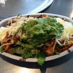 Photo taken at Chipotle Mexican Grill by Ronald D. on 3/7/2013