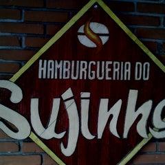 Photo taken at Hamburgueria do Sujinho by Luiz G. on 3/22/2013