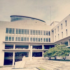Photo taken at มหาวิทยาลัยมหิดล (Mahidol University) by yoshirofoto on 10/6/2012