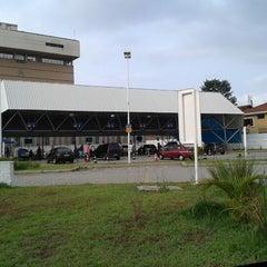 Photo taken at CONTROLAR - Inspeção Veicular by Carlos Henrique F. on 12/27/2012