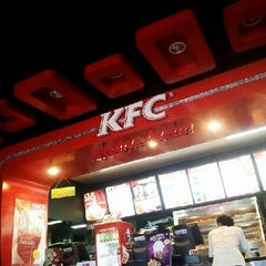 Photo taken at KFC by Syahrizal H. on 11/20/2012