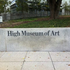 Photo taken at High Museum of Art by YOUNG SUNG C. on 11/12/2012