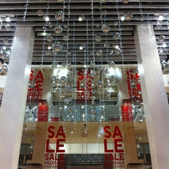 Photo taken at UNIQLO 5th Ave by Tony C. on 12/18/2012