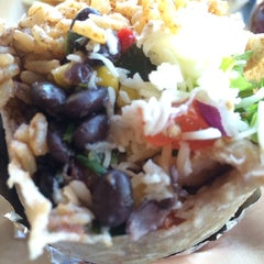 Photo taken at Qdoba Mexican Grill by Koi on 3/11/2014