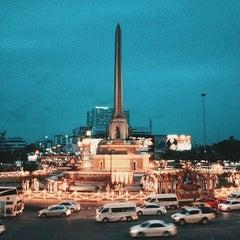 Photo taken at BTS อนุสาวรีย์ชัยสมรภูมิ (Victory Monument) N3 by OAMM M. on 7/29/2013