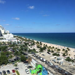 Photo taken at Courtyard by Marriott Fort Lauderdale Beach by Jon B. on 10/28/2013