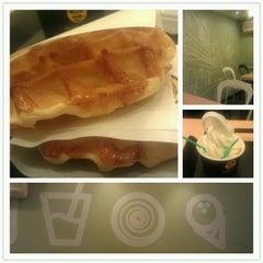 Photo taken at Waffle Bant by Zayda B. on 10/10/2012