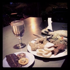 Photo taken at Azalea Restaurant by Hendra C. on 12/31/2013