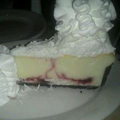 Photo taken at The Cheesecake Factory by Lesa H. on 11/15/2012