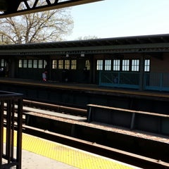 Photo taken at MTA Subway - Pelham Parkway (2/5) by Grace L. on 5/3/2014