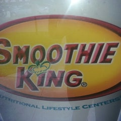 Photo taken at Smoothie King by Gilbert M. on 6/27/2013