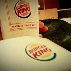 Photo taken at Burger King by معال محمد on 11/16/2012