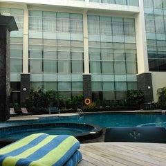 Photo taken at Hotel Menara Bahtera by Agos Dwi A. on 4/20/2014