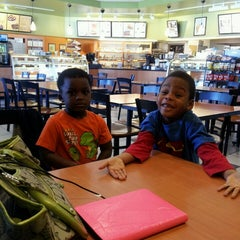Photo taken at Big Apple Bagels by Joy E. on 4/16/2013
