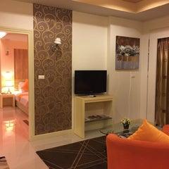 Photo taken at โรงแรมไอยรา แกรนด์ พาเลซ (Ayara Grand Palace Hotel) by Thomas P. on 9/11/2015