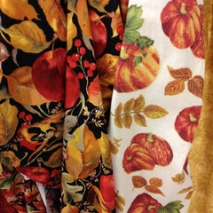 Photo taken at Hancock Fabrics by Kathie H. on 9/29/2014