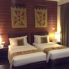 Photo taken at โรงแรมพูคาน่านฟ้า (Pukha Nanfa Hotel) by Paew S. on 4/21/2015
