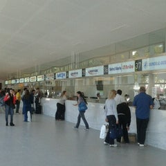 Photo taken at Terminal de Ómnibus de Rosario by Fer G. on 9/22/2012