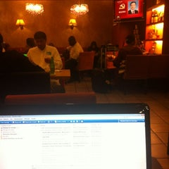 Photo taken at 百怡咖啡 Blenz Coffee / Yeasun Coffee by Ladrón d. on 11/15/2012
