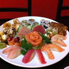 Photo taken at Sachô - Restaurante e Temakeria by Natália A. on 10/14/2012